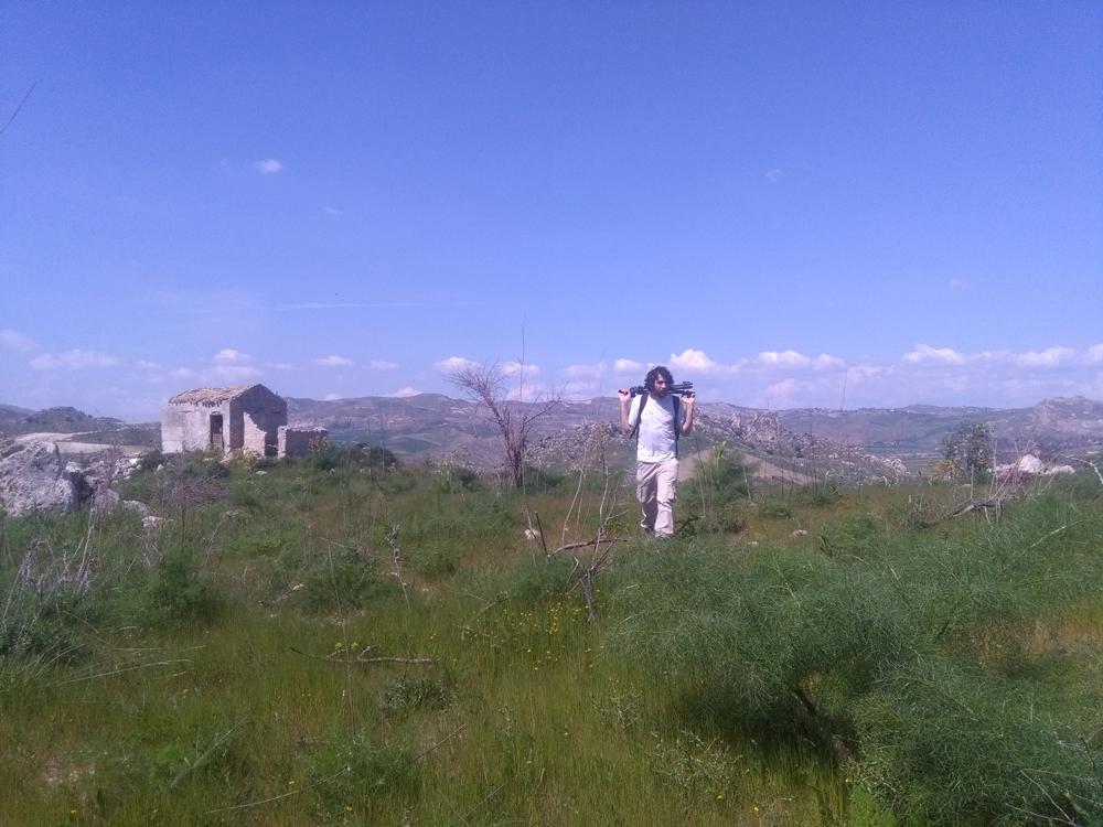 L'avvicinamento al sito di sorveglianza (foto Di Trapani)