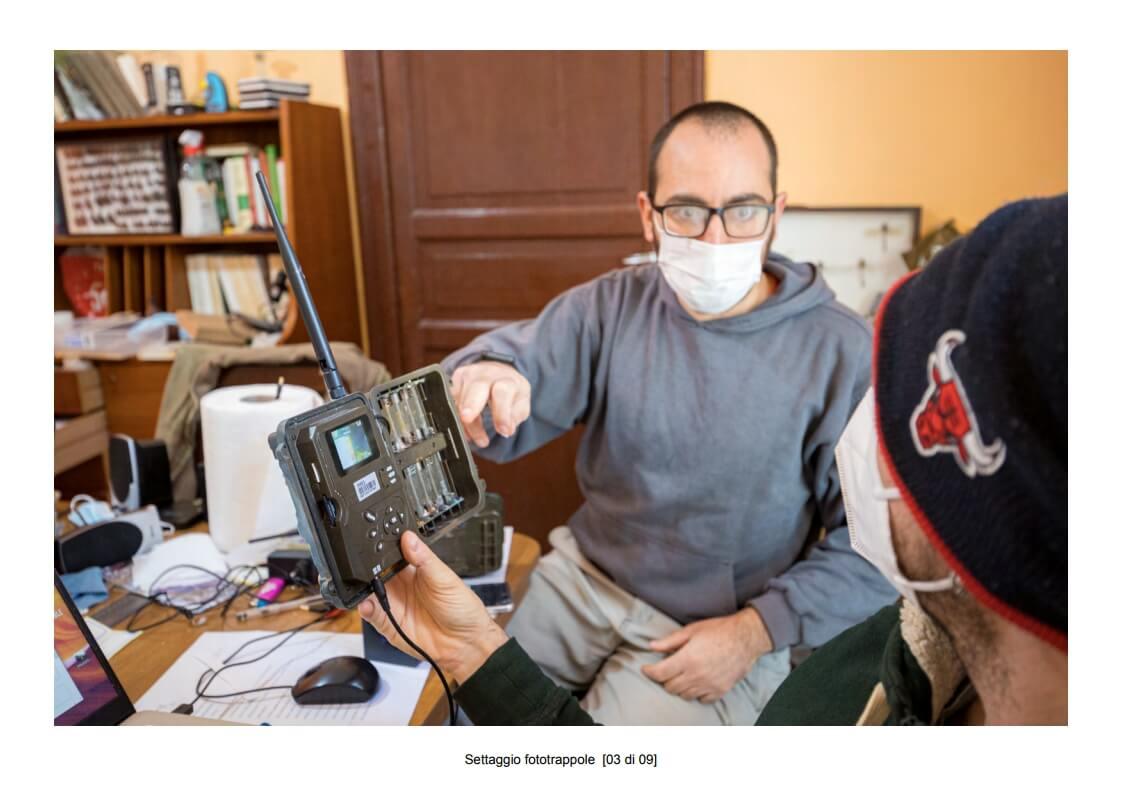 Camera traps setting - 03 of 09 (photo: Mathia Coco)