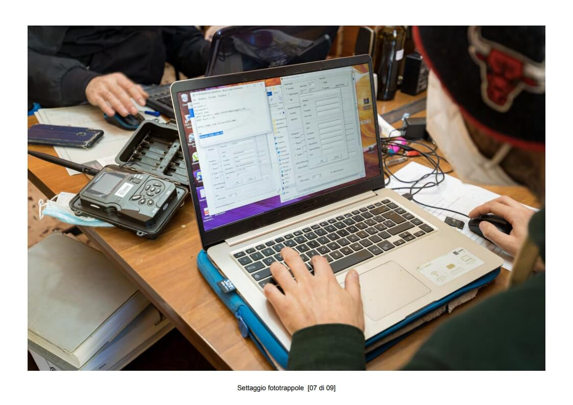 Camera traps setting - 07 of 09 (photo: Mathia Coco)