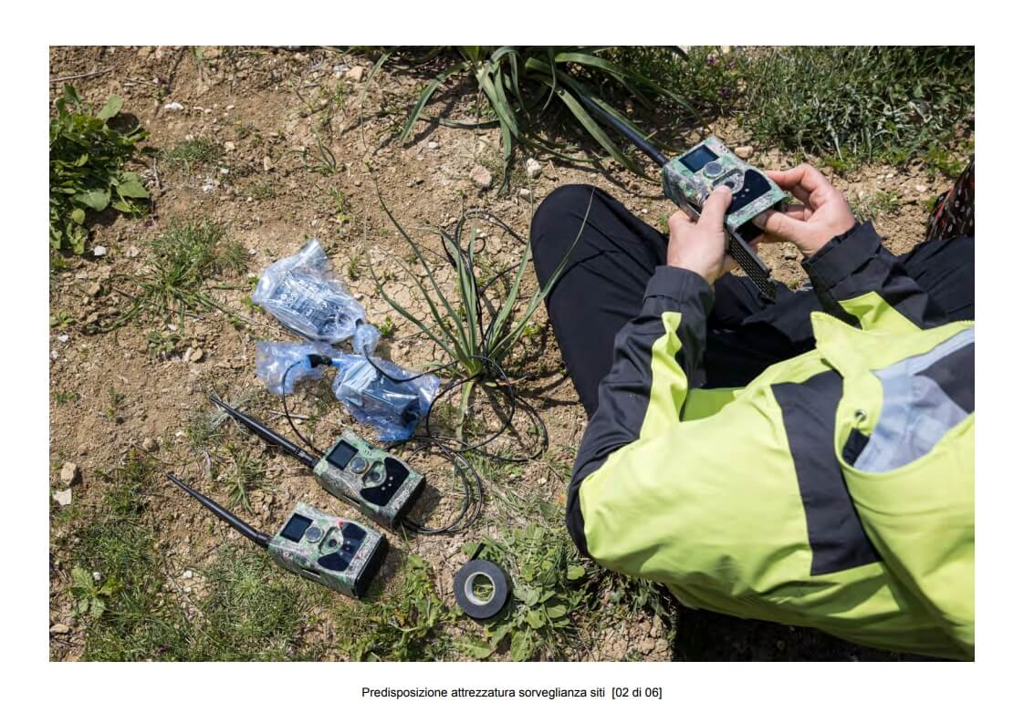 Preparation of site surveillance equipment - 02 of 06 (photo: Mathia Coco)